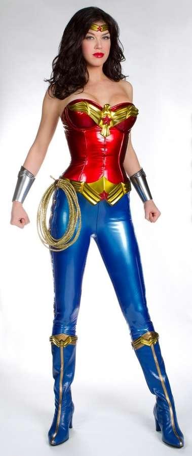sc 1 st  Trend Hunter & 100 Nerdy Costume Creations