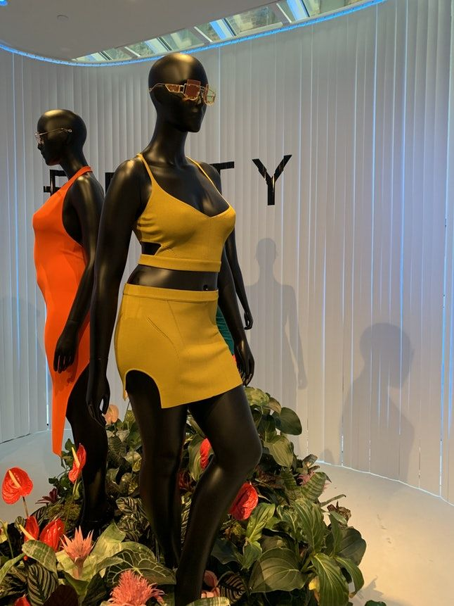 Vibrant Celebrity-Endorsed Apparel - Fenty Partners with LVHM for a New York City Pop-Up and Line (TrendHunter.com)
