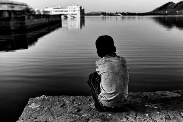 Serene Slumdog Captures