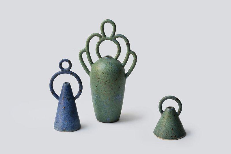 Distressed Ornamental Flower Vases