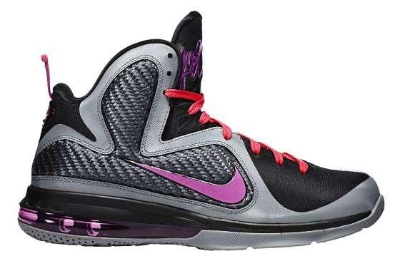 62a409f5583 Beach-Side Hoop Kicks   Nike LeBron 9  Miami Nights