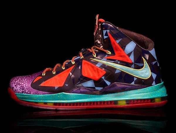 Neon-Colored Geometric Kicks