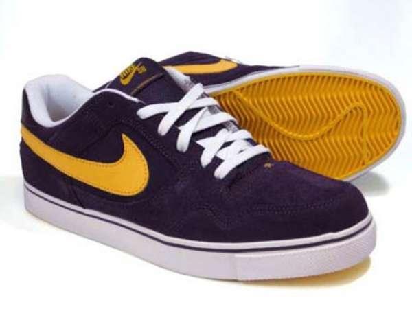 Laker-Lovin' Skate Shoes