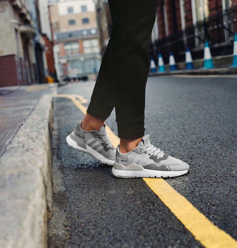 Reflective Road Running Sneakers