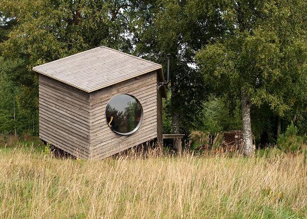 Zigzag-Contoured Cabins