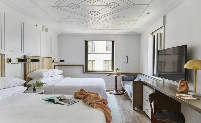 Remade classic hotel designs noelle hotel for Classic hotel design