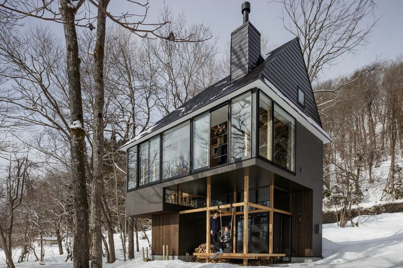 Dramatically Tiered Winter Cottages