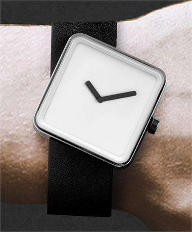 Marvelously Minimalist Timepieces