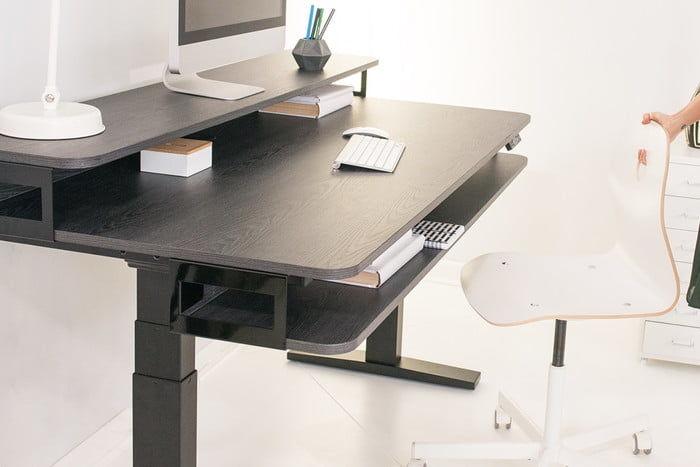 Modular Flagship Desks