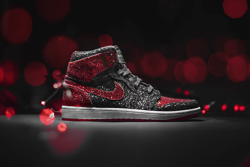 Christmas-Inspired Basketball Sneakers