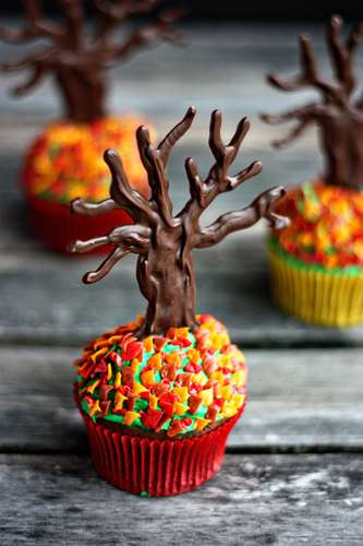 Autumn-Accented Cupcakes