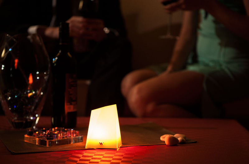 Illuminating Social Lamps