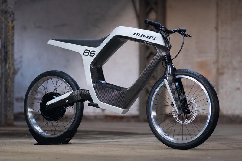 Minimalist Electric Urban Motorcycles