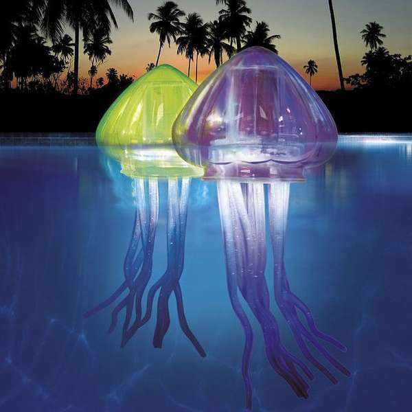 Luminous Aquatic Life Decor : Ocean Art Light-Up Jellies
