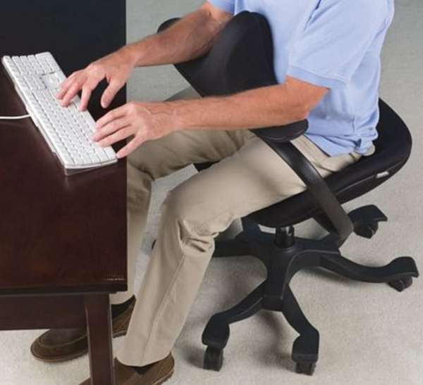 Slouch-Correction Seating