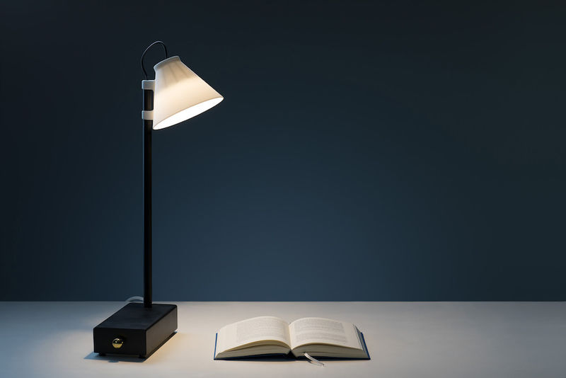 Smartphone-Storing Productivity Lamps