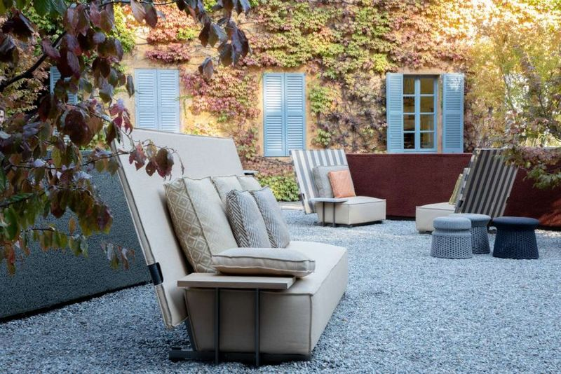 Fashionable Folding Outdoor Furniture