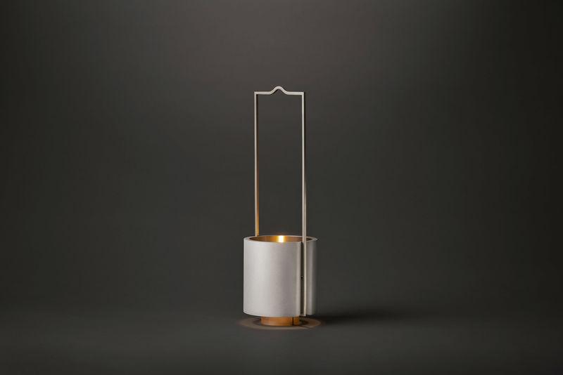 Ultra-Minimalist Cozy Oil Lanterns
