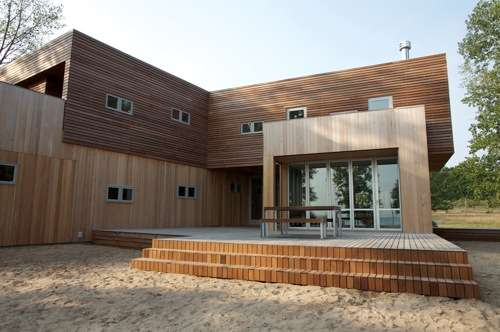 Sustainable Lakeside Cottages