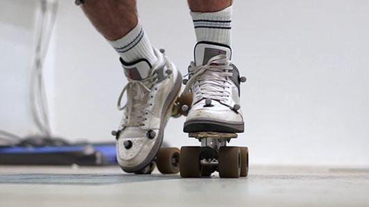 Sneaker-Compatible Skates