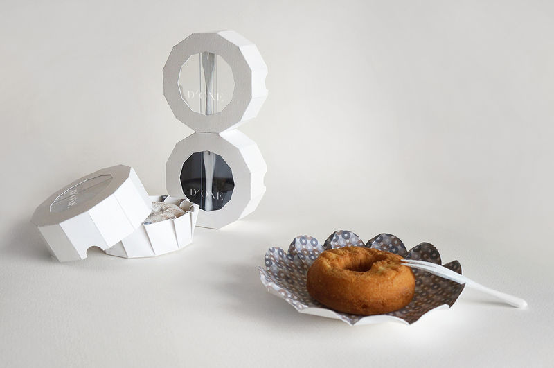 Handheld Donut Packaging