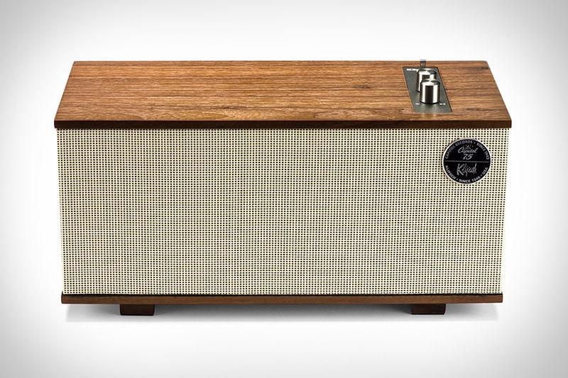 Retro Rechargeable Speakers