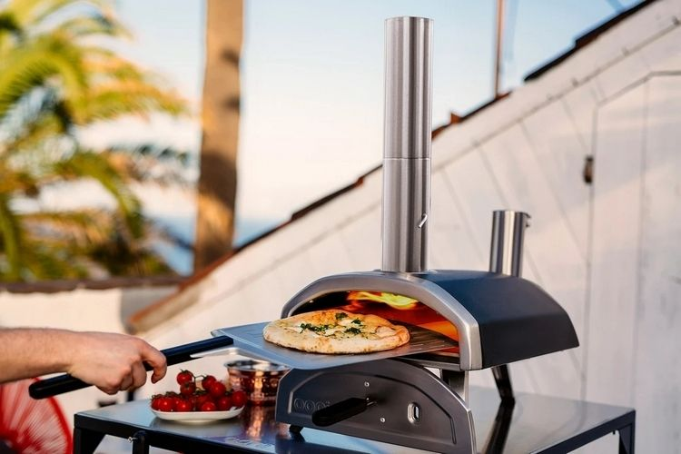 High-Heat Outdoor Pizza Ovens