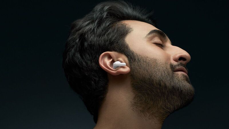 Optimized Wind Detection Earbuds