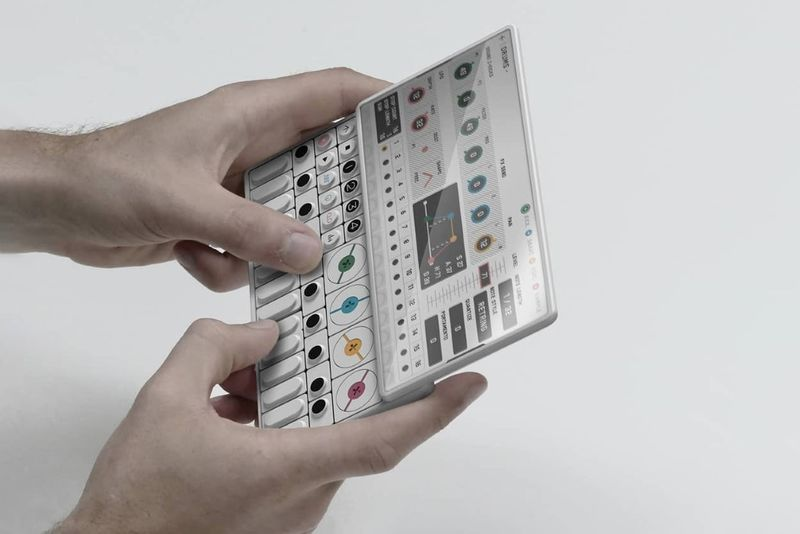 Conceptual Synthesizer Smartphones