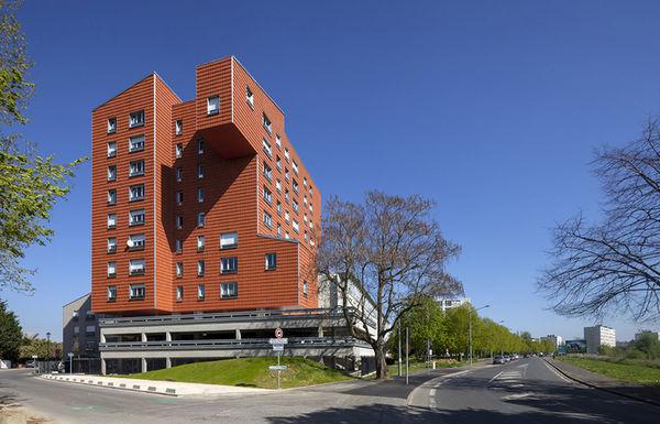 Terracota-Clad Architecture