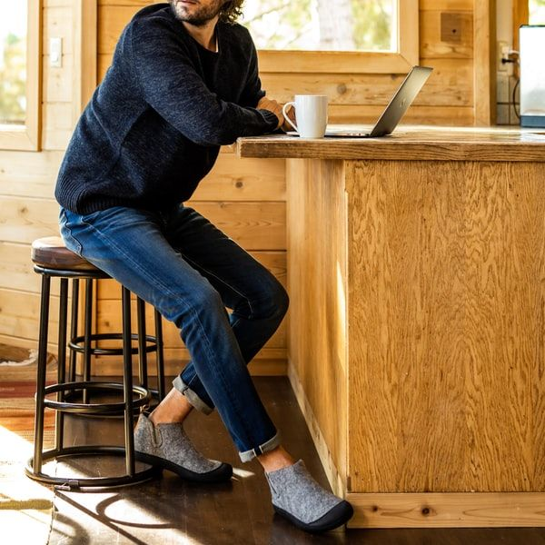 Travel-Friendly Slipper Shoes