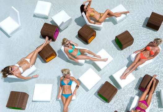 Social Reward Vacations