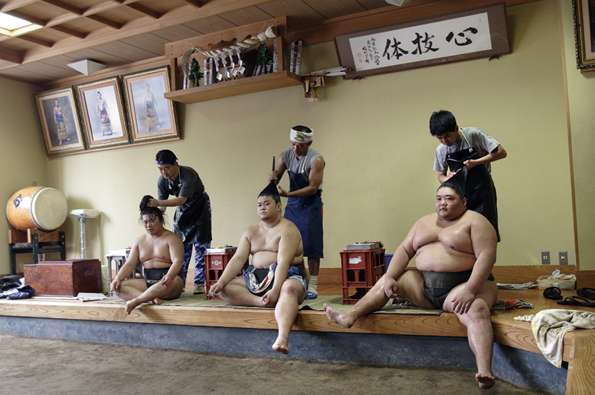 Backstage Sumo Photography