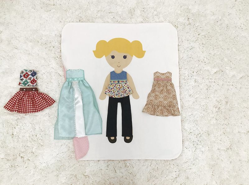Customizable Paper Doll Bedding