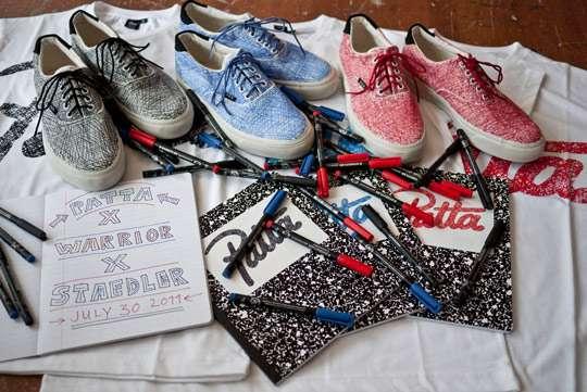 Scribbled Shoe Sets