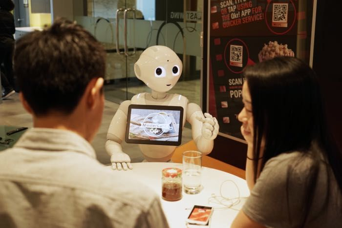 Robotic Pizzeria Waiters
