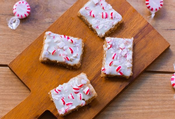Yogurt-Covered Peppermint Squares