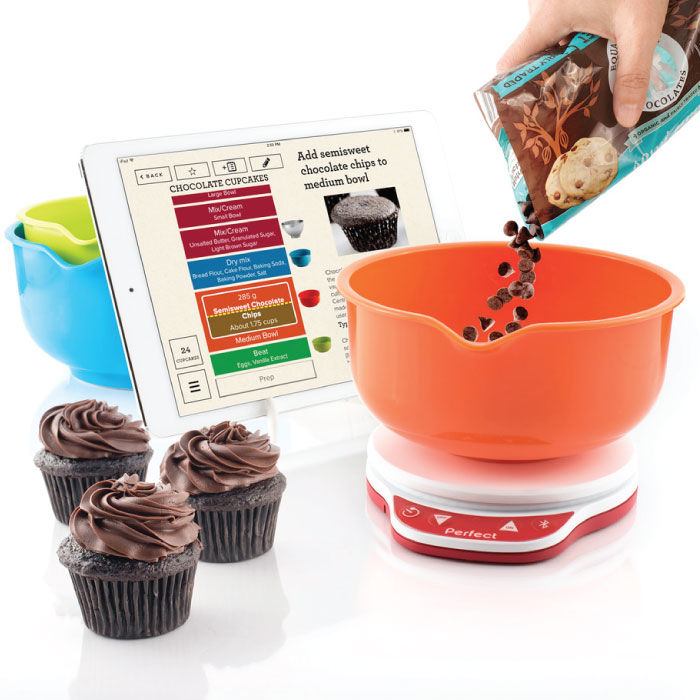 App-Connected Baking Scales