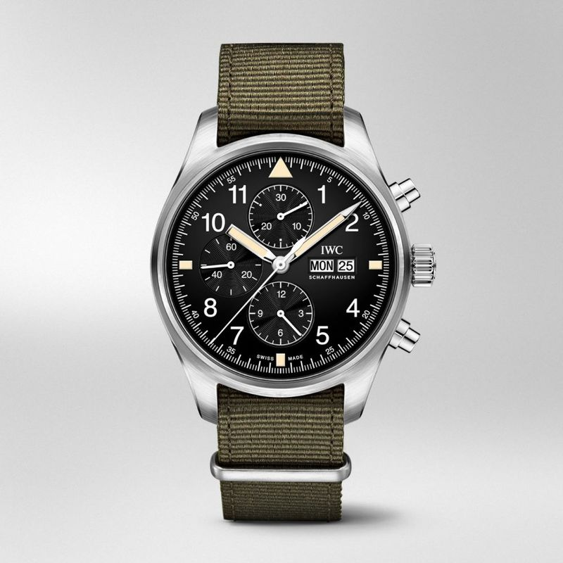 Vintage-Style Chronograph Watches