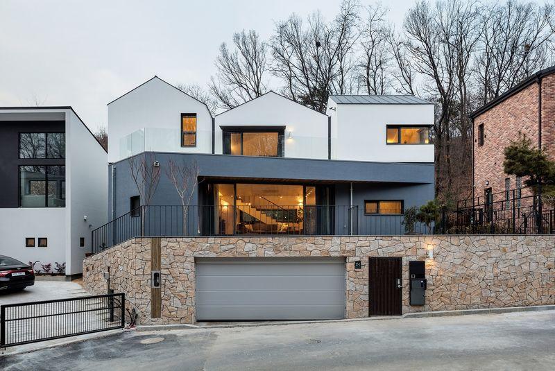 Three-Roofed Homes