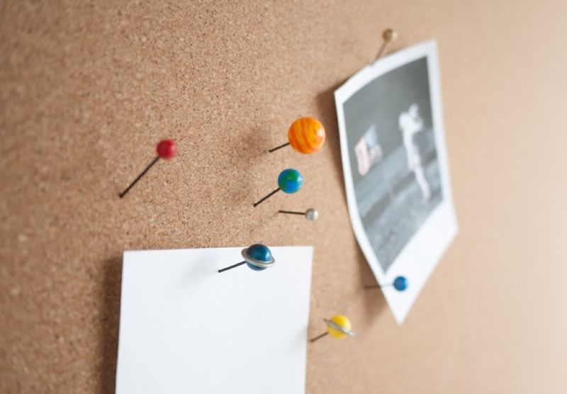 Planetary Push Pins