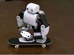 Plen the Skating Robot- Skates Better Than You Ever Will