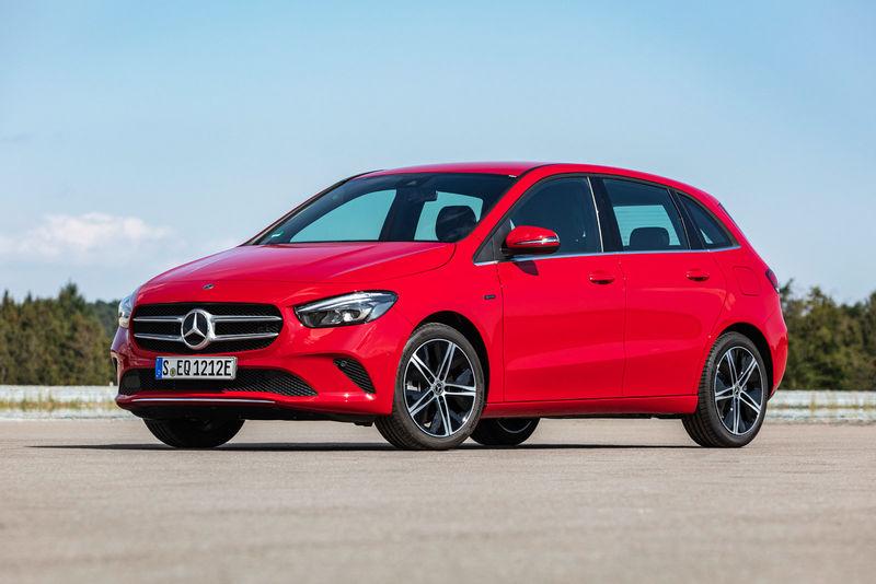 Range-Increasing Hybrid Cars