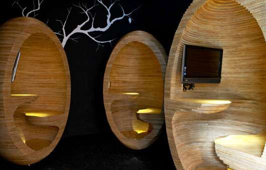 Wooden Egg Workspaces Plywood Egg Chairs