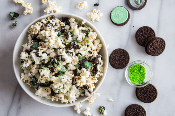 Minty Cookie-Covered Popcorn