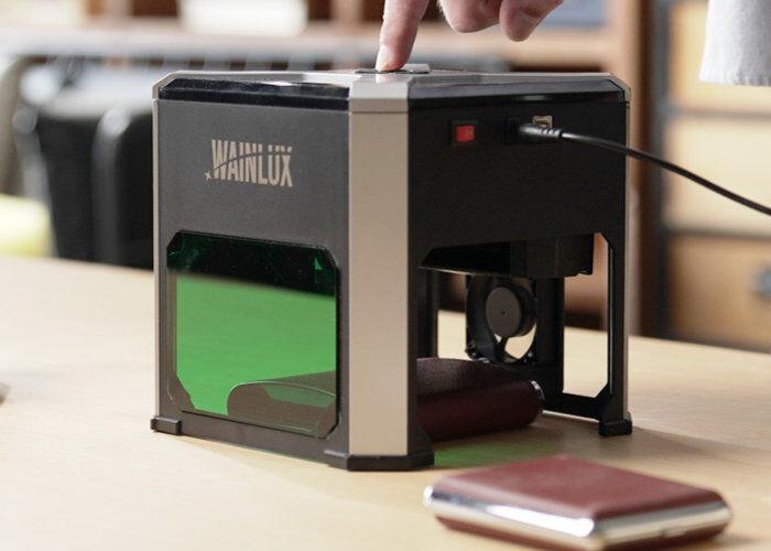 Simple-to-Use Desktop Engravers