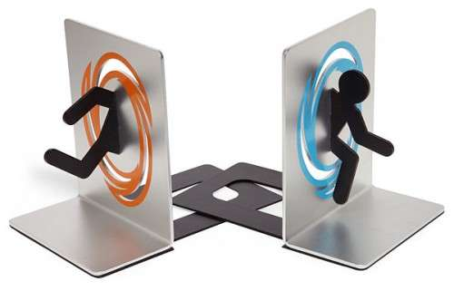gamer book holders portal bookends. Black Bedroom Furniture Sets. Home Design Ideas
