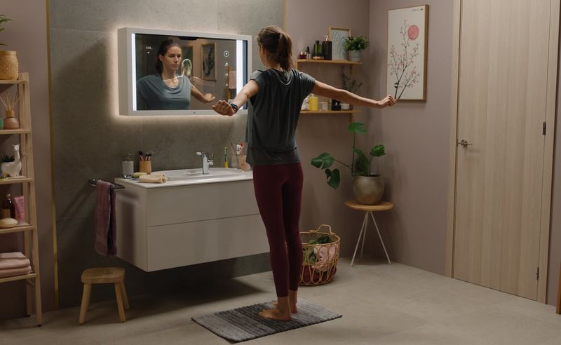 Intelligent Health-Supporting Mirrors