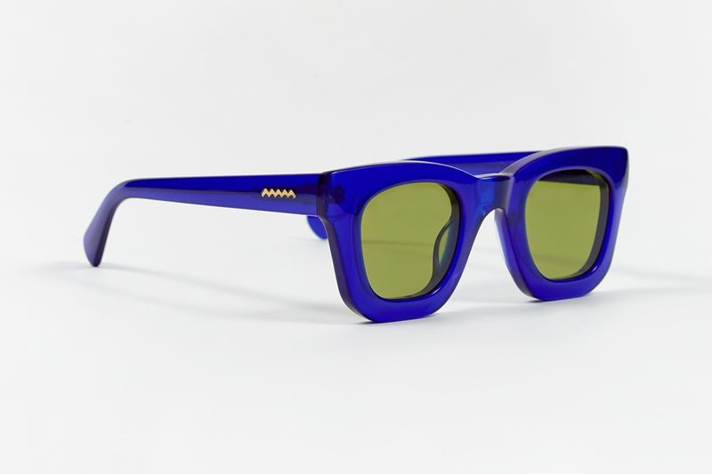 Thick-Framed Streetwear Sunglasses
