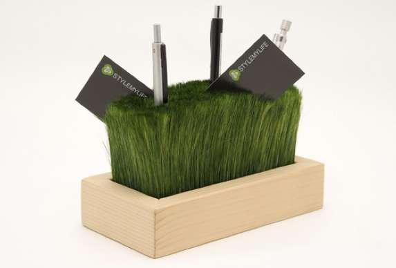 Grassy Desktop Organizers